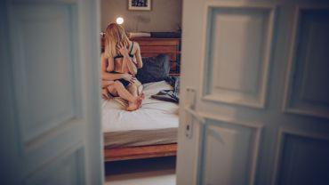 Hvordan foreslå åpent forhold til partneren?